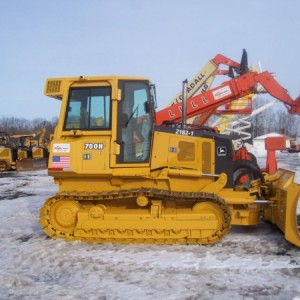Bulldozer, JD 700