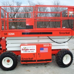 32 ft. Rough Terrain Scissor Lift