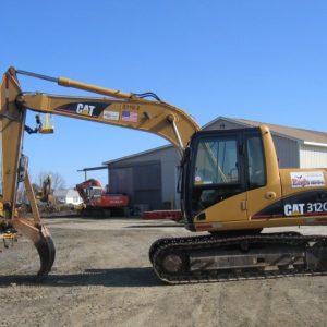 Excavator – 312 – 28,000 lb - w/ Grapple