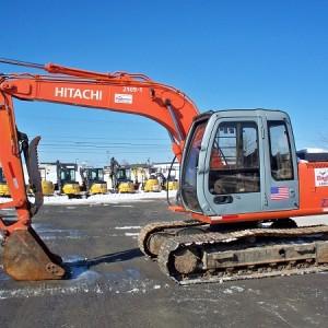 Excavator - ZX110 - 24,000 lb - w/ Hydraulic Thumb