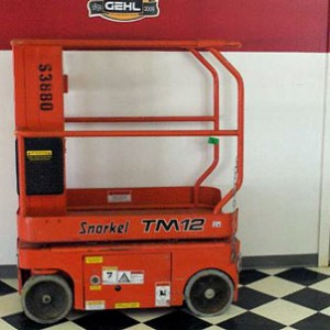 Scissor Lift - 12' Electric