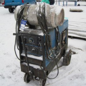 225 AMP Welder - LP w/ Generator