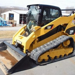 Skid Steer - 10,000 lb - Rubber Track