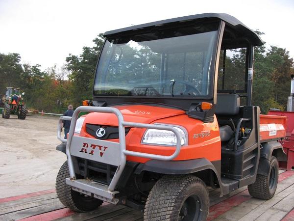 Utility Vehicle w/ Dump Body - 4x4