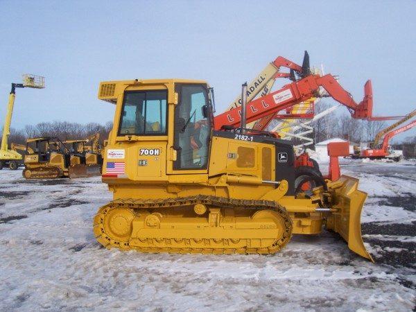 Bulldozer, JD 700