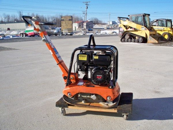 300 lbs. Plate Compactor (Reversible)