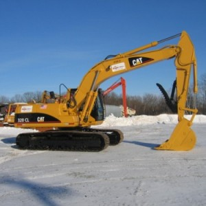 CAT 320 with Thumb