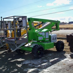 Boom Lift - 34' to 37' Self-Propelled