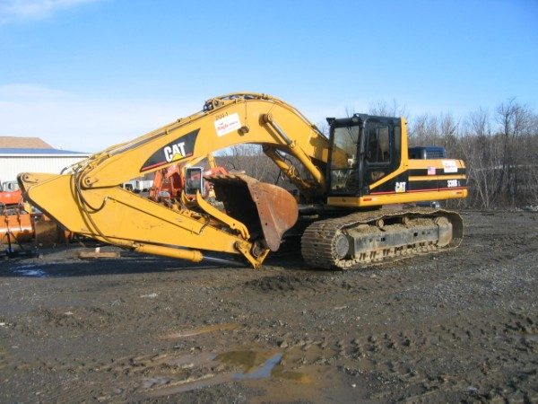 Excavator - 300 or 330 - 80,000 lb - w/ Hydraulic Thumb