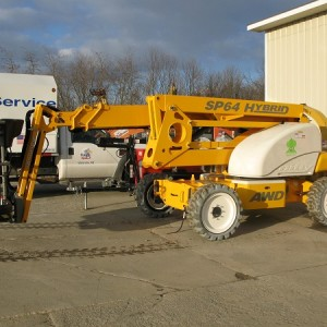 Boom Lift - 61' 4x4 Hybrid (Diesel/Electric)